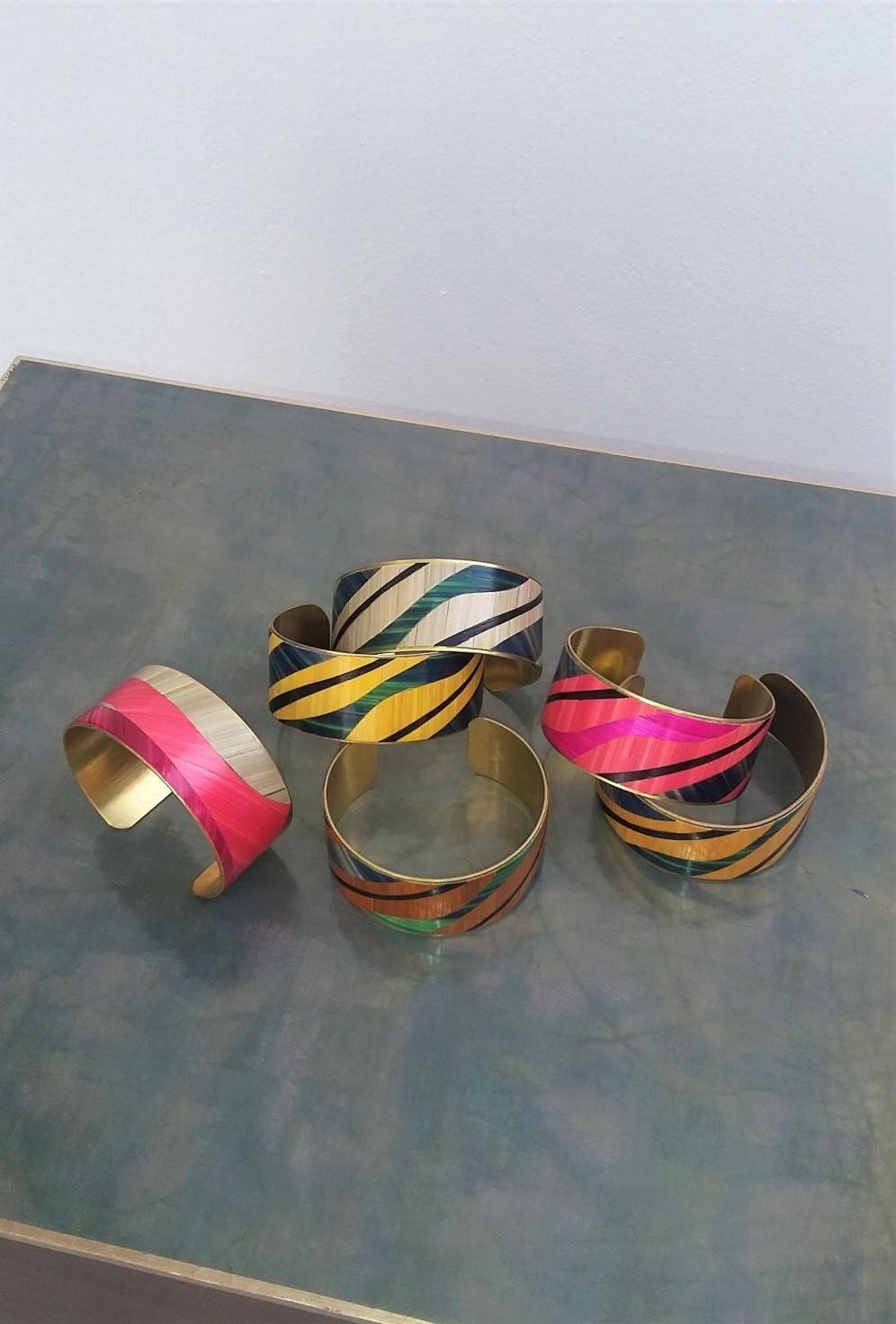 bracelets laitonsabine machabert, marqueterie de paille