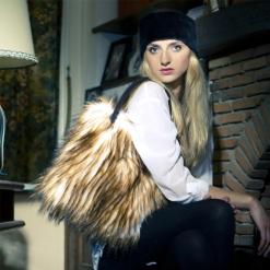 NIV_sac fausse fourrure poils blancs et marron Aline Nivesse